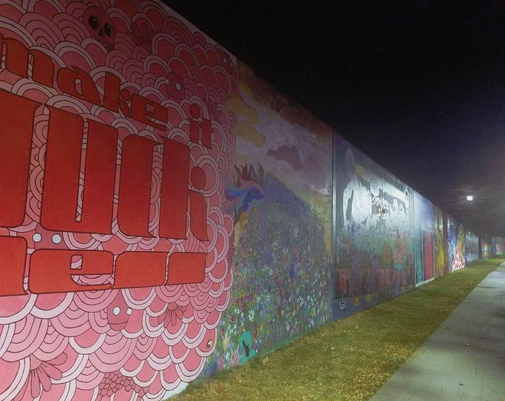 Series of murals in Cabbagetown.